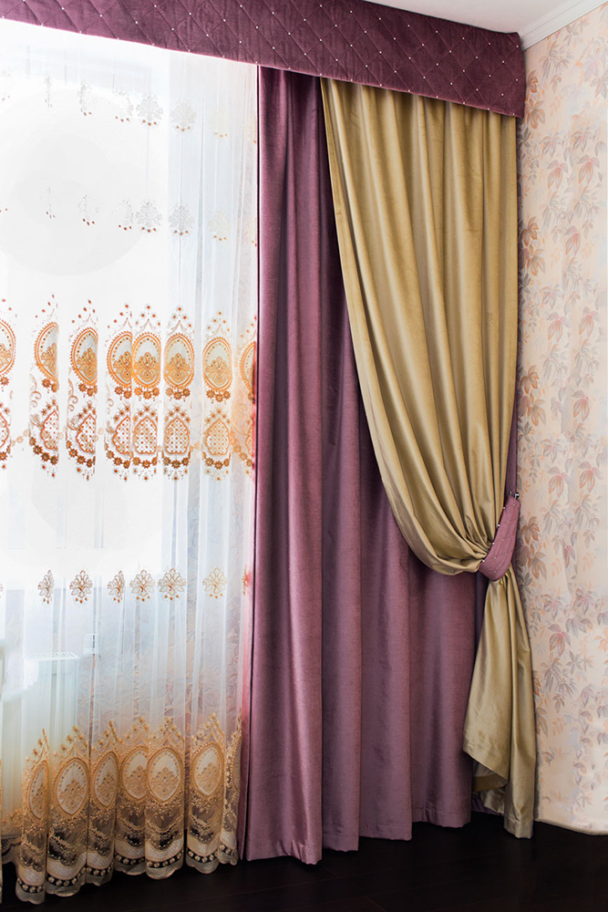 связано ассиметричные шторы для гостиной фото вам полезных